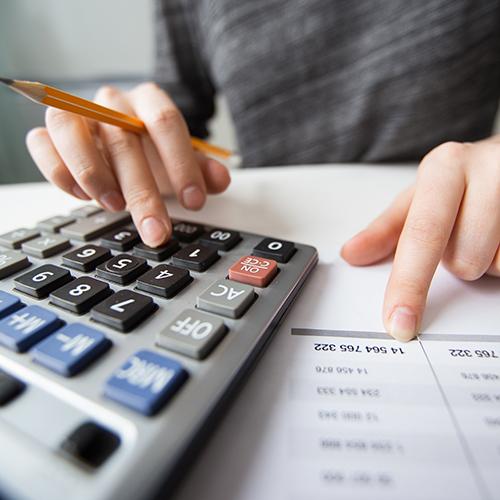 Онлайн сервисы для бухгалтерского обслуживания. Преимущества и недостатки