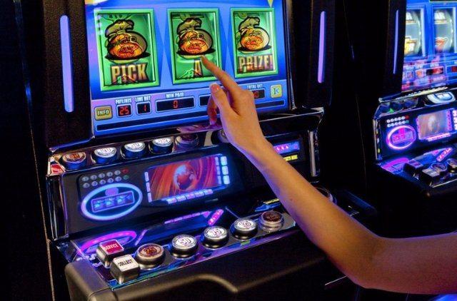 Критерии выбора лучших слотов онлайн в виртуальном казино