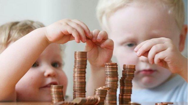 Детские пособия от 3 до 7 лет с 1 апреля: новые разъяснения Минтруда