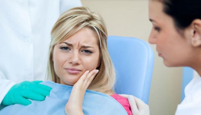 5 сигналов, которые требуют немедленного визита к стоматологу