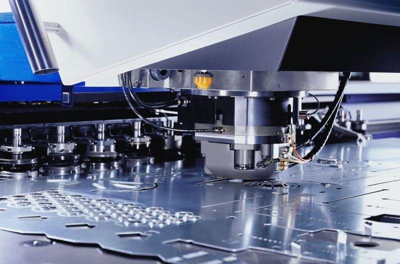 Особенности и преимущества штамповки металла
