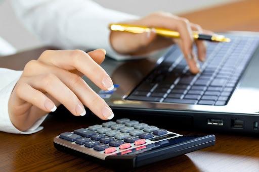 Профессиональные бухгалтерские услуги от Фингуру