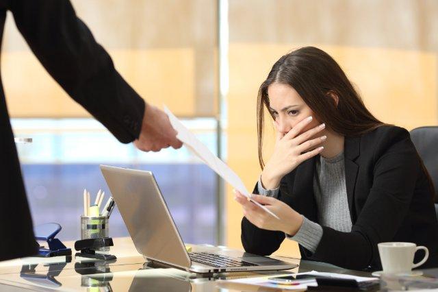 Перевод на декретную должность: что нужно указывать в трудовой?